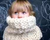reserved for Velvet Plume- DOVE pure Icelandic wool cowl . cream chunky knit . warm & bulky . stretchy tube scarf
