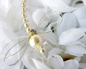 Cream Pearl Dragonfly Hair Pin, Brooch or Bouquet decoration - Dragonfly Jewelry -Tagt