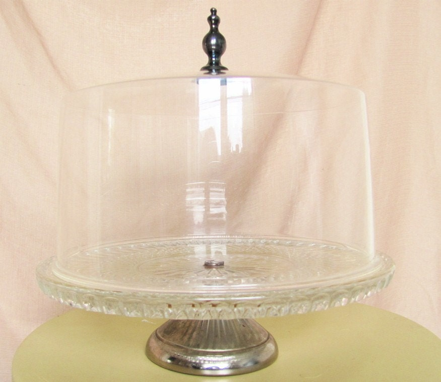vintage pressed glass cake stand with cover by juannabie on etsy. Black Bedroom Furniture Sets. Home Design Ideas
