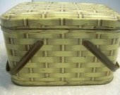 Vintage Metal Picnic Basket with Litho Faux Bois Wood Grain and Wicker Pattern