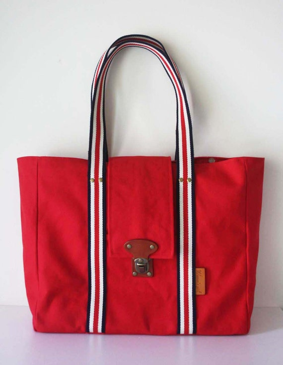 SALE -Large tote bag with a 13 inch laptop case inside