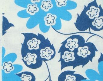 DS Quilts Denyse Schmidt Modern Floral Blue Fairgrounds FQ or more