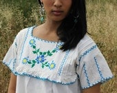 Darling Mexican Hand Embroidered Peasant Blouse 1960s 1970s