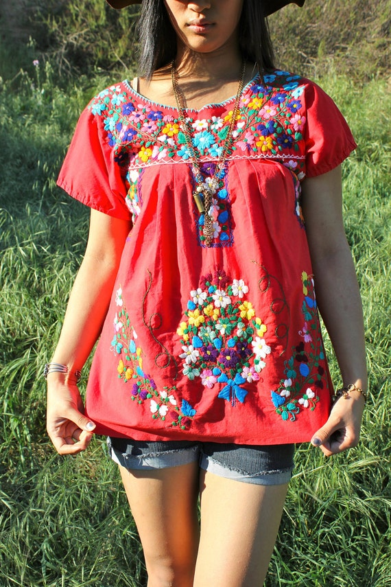 Pretty hippie hand embroidered flowers vintage mexican by