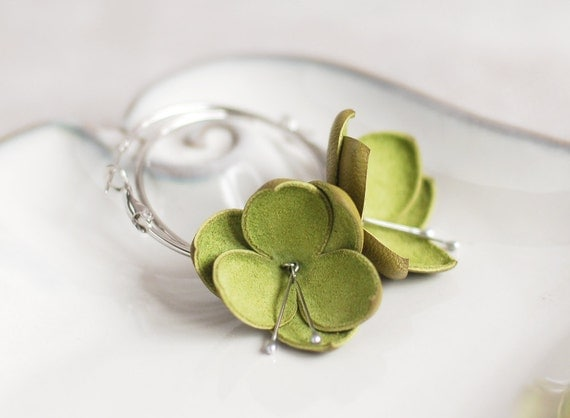 Modern style leather earrings in olive green