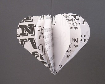 HEART ornament made of paper upcycling modern minimal decoration black and white renna deluxe