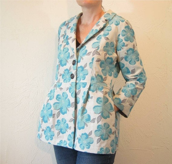 SALE - Pleated Jacket with Notched Collar - Blue Flower Cotton Blend with Pockets