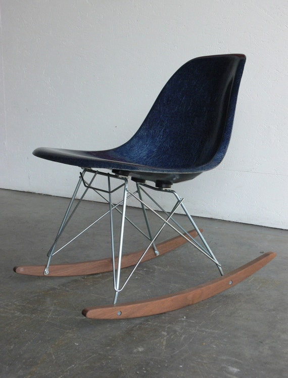 Herman miller eames fiberglass side chair rocker - Eams rocking chair ...