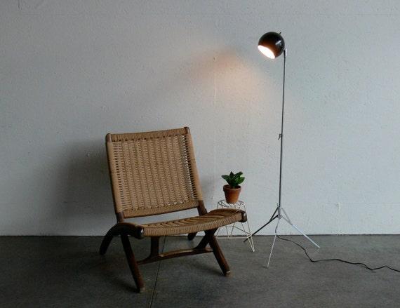 Vintage Mid Century Modern, Space Age, Tri-Pod Floor Lamp
