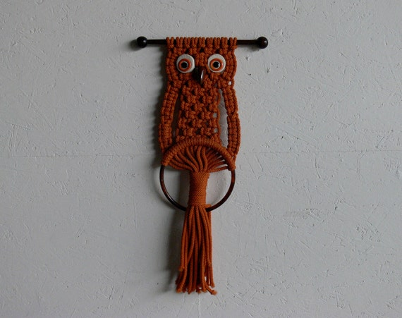 Vintage Crochet Owl Wall Hang