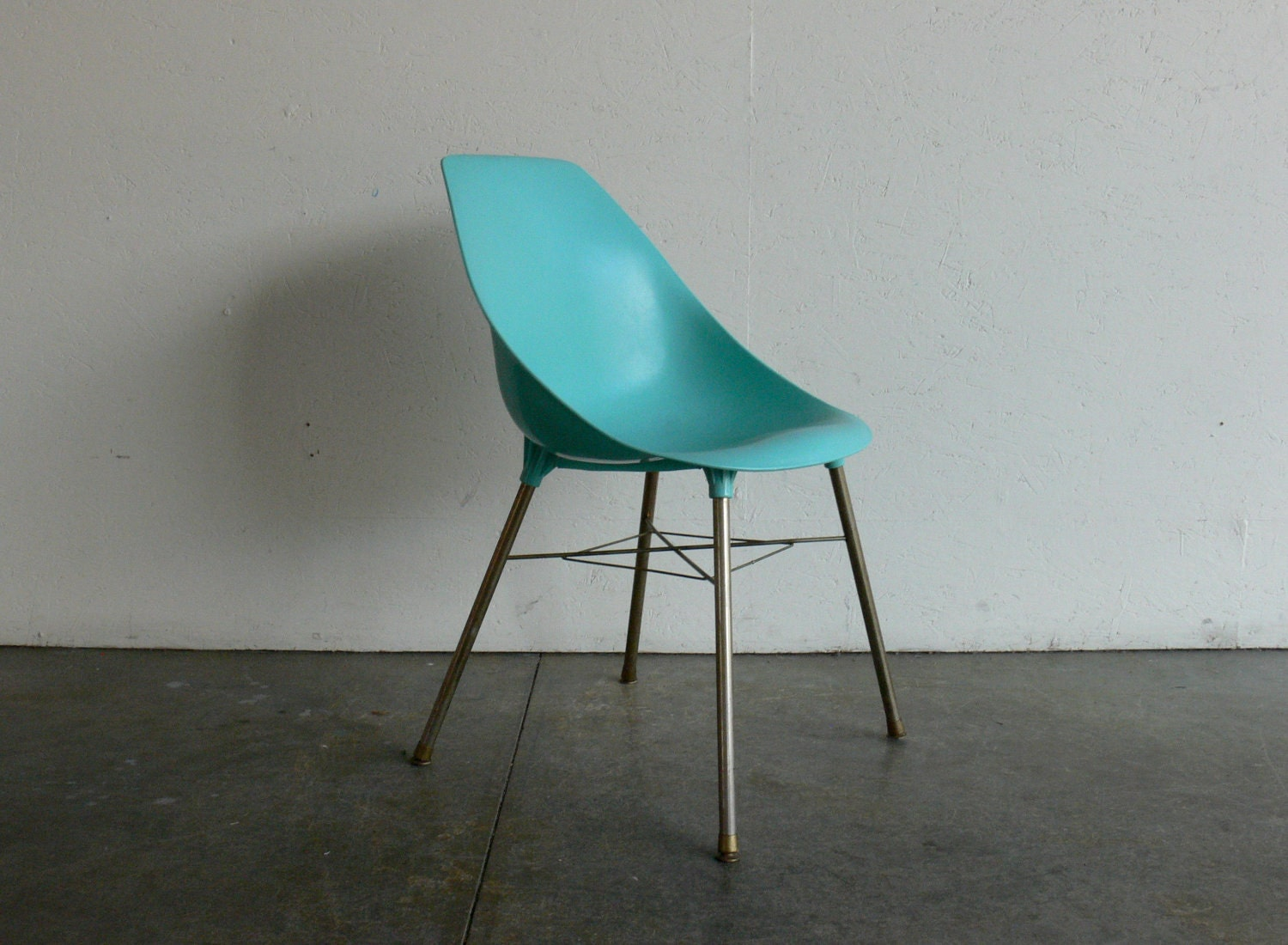 Vintage Plastic Scoop Chair