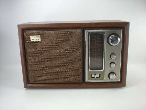 sony icf 9650w 2 band table top am fm transistor radio. Black Bedroom Furniture Sets. Home Design Ideas