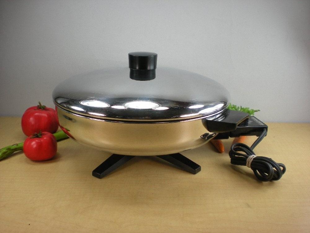 Farberware Electric Skillet Fry Pan Buffet Server 322