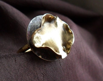 Ruffled Brass Ring