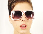 AVANT GARDE Vintage Oversized Sunglasses White and Red