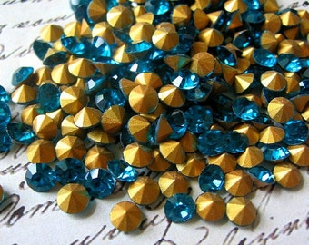 5-6mm Round Pointed Back Rhinestones