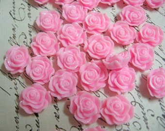 Small Light Pink Resin Flower Cabochons 13mm