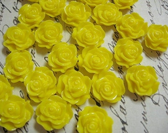 Small Yellow Resin Flower Cabochons 13mm
