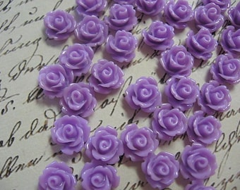 Tiny Lavender Resin Flower Cabochons 10mm