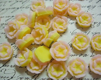 Yellow Resin Flower Cabochons 13mm