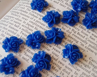 Blue Resin Flower Cabochon 16mm x 16mm