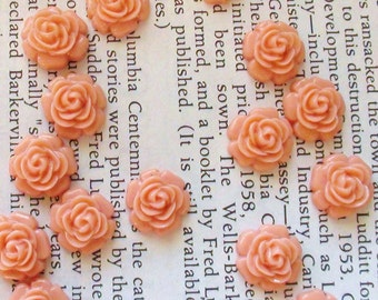 Resin Cabochon Flowers 12mm Pale Pink