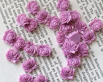 Small Light Purple Resin Flower Cabochons 12mm