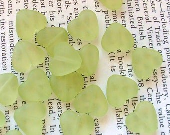Frosted Translucent Heart Shaped Acrylic Beads 12mm -Green