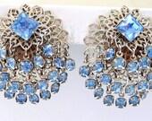 Cha Cha The blues away - Clip on Earrings