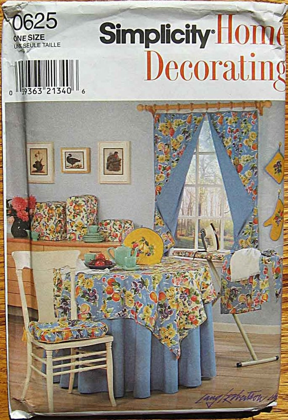 Kitchen Accessories, Aprons, Tea Cozy, Appliance Covers, Ironing Board Cover, Curtains, Simplicity 0625 Pattern UNCUT
