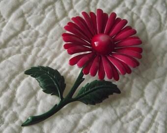 Vintage Enamil Metal Flower Pin