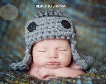 AVIATOR Hat Newborn, Aviator Hat in GRAY, Pilot Hat Photo Shoot Babies, Flyer Bomber Hat Photography Newborns, Crochet Knit Baby Hat Pilot
