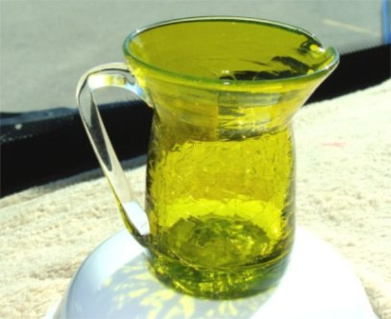 1950's LIME Green Pilgrim Crackle Hand BLOWN Glass Ewer or PITCHER w/ Sticker