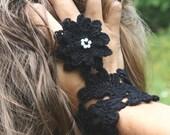 Fingerless Wrist  Glove /Corsage in Black