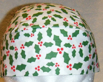 White Skull Cap w Holly, Chemo Cap, Biker, Hats, Head Wrap, Alopecia, Do Rag, Hair Loss, Bald, Surgical Cap, Holiday, Helmet Liner, Handmade
