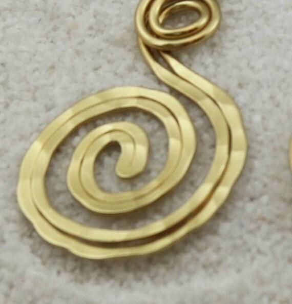 Vintage Dangle Earrings Hammered Gold Wire Pierced Earrings