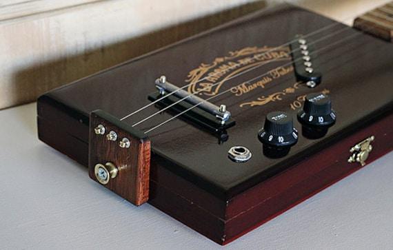 Cigar Box Guitar - 'La Aroma De Cuba' Electric 3-String