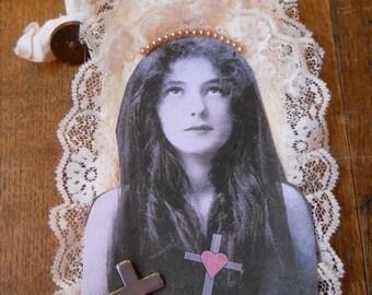 Vintage Photo Forgotten Faith Tag