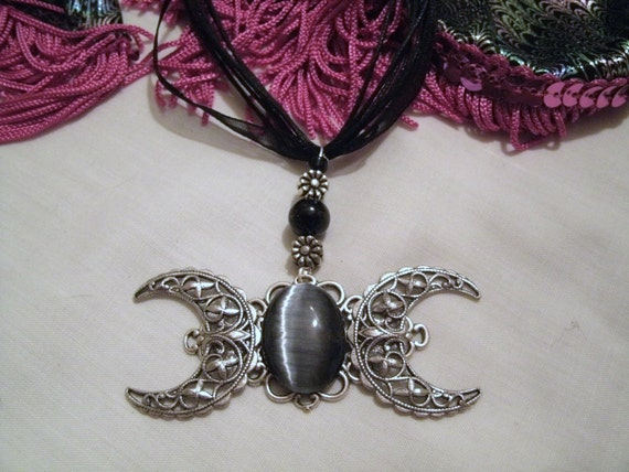 Elegant Triple Moon Goddess Necklace, wiccan jewelry witch pagan witchcraft rocker occult metaphysical goth gothic new age gypsy