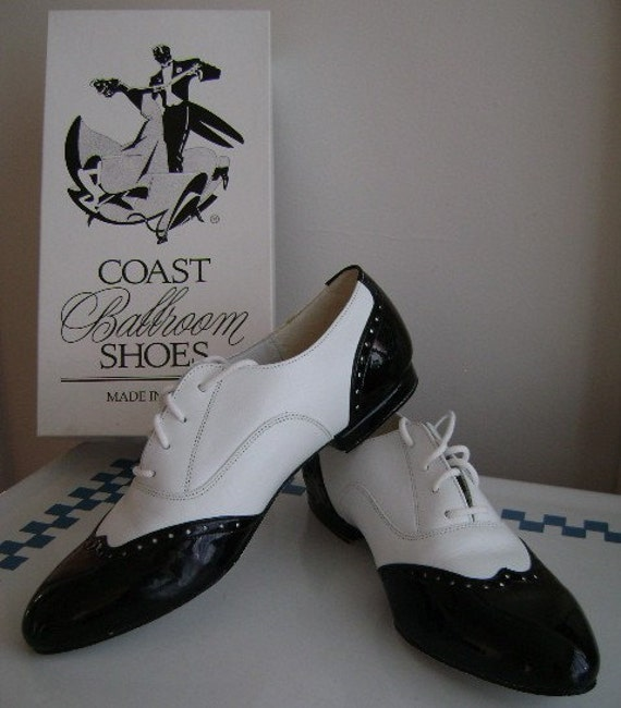 black and white wingtip shoes s 7 7 5