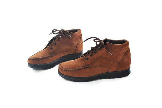 "The Not So Preppy Hikers. ""Walk Mocs"" by Dex. Ethnic Flava Hiking Booties in Hella Soft Brown Leather. Whipstitch Toe. - Women's size 8"
