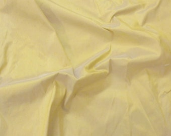 silk fabric - pale yellow pure silk dupioni - fat quarter sld030