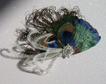 Peacock Elegance / Bridal peacock feather hair clip with ostrich feathers and custom rhinestone / peacock wedding bridal feather facinator