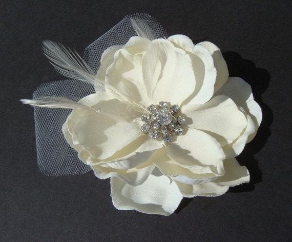 Elegant Ivory Hair Flower - bridal ivory flower hair clip - Fall Wedding feather flower rhinestone flower vintage style