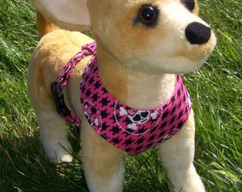 Comfort Soft Harness for small dog, Pink Skull - Made to order -