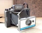 Polaroid Camera 210 Vintage film camera revolution