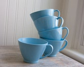 5 Melmac cups robin egg blue made of lenotex very pretty for your camping, glamping in aqua blue