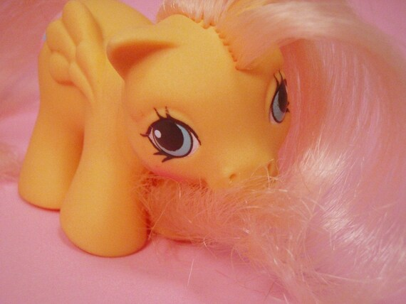 My Little Pony Newborn Twin Ponies Baby Dibbles G1 Pastel Orange Peach and Pink MLP Pegasus