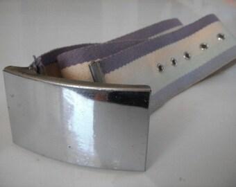Vintage 1970s Metal Buckle Cinch Belt