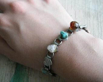 Vintage Polished Stone / Gemstone Gold Metal Chain Bracelet / Costume Jewelry